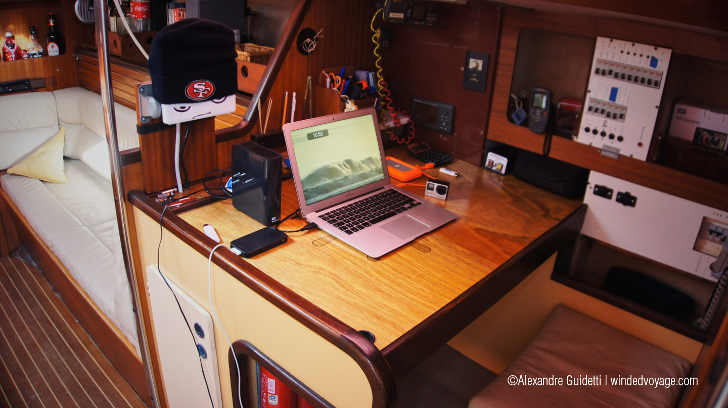 the interior of Galopin, navigation table