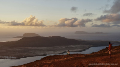 Looking on to Graciosa